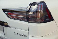 8621_Lexus_LX_Detail_16_R1_RGB