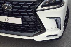 8621_Lexus_LX_Detail_19_R2_RGB