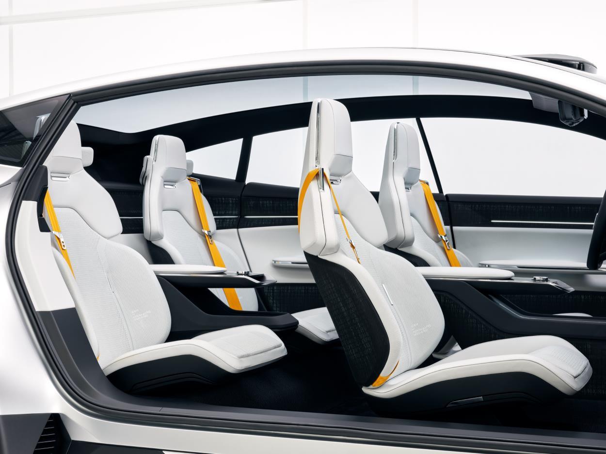 Polestar-Precept-Concept-Car-2020-12